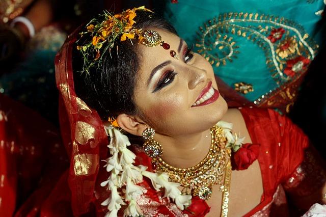 bride-1741838_640