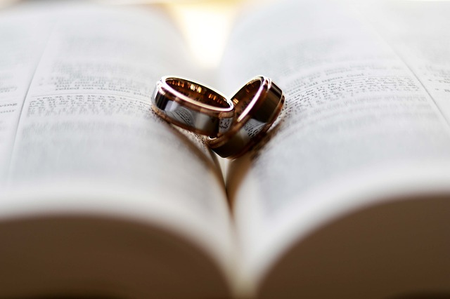 ring-2407552_640